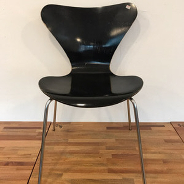 {Fritz hansen} Series 7 by arne jacobsen -  black - 1970